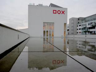 dox-Praha.png