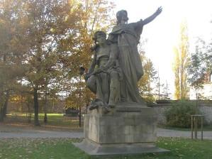 statue-vysehrad-libuse-premyslid-myslbek.jpg