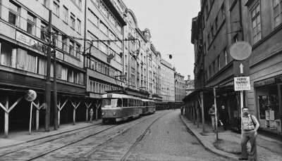 tramway-communisme-prague.jpg