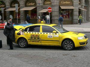 Prendre un taxi à Prague