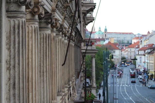 Vue de Mala Strana et du chateau de Prague