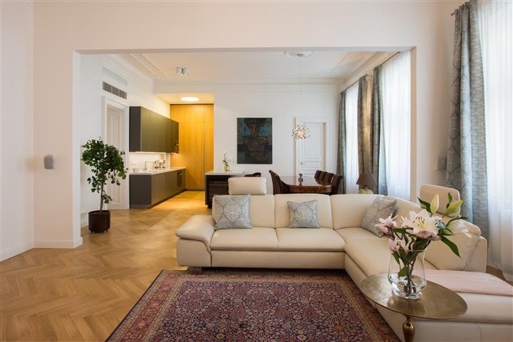 Appartement meublé de luxe 150m² à louer dans le coeur de Prague